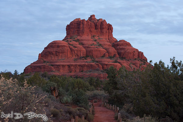 Trail leading straight to Bell Rock pre-sunrise